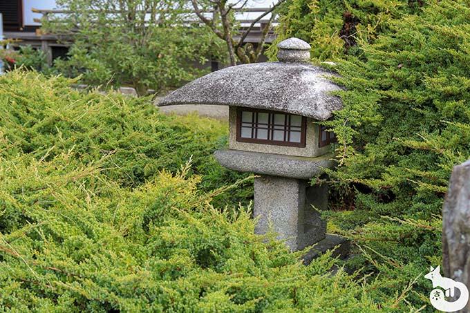 勧修寺 燈籠