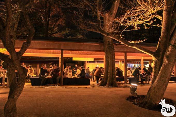 北野天満宮 梅のライトアップ混雑状況 茶屋