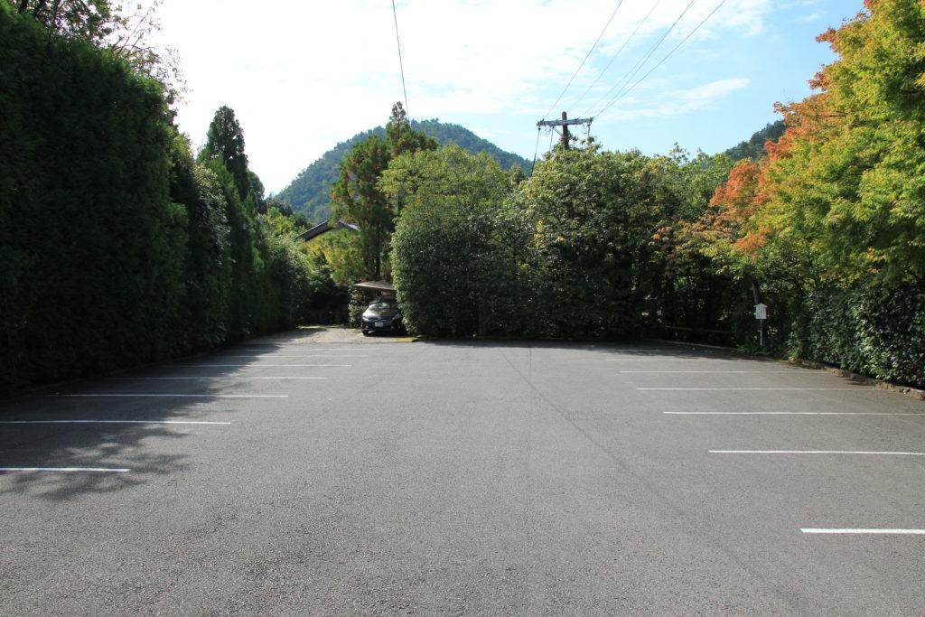 光悦寺駐車場