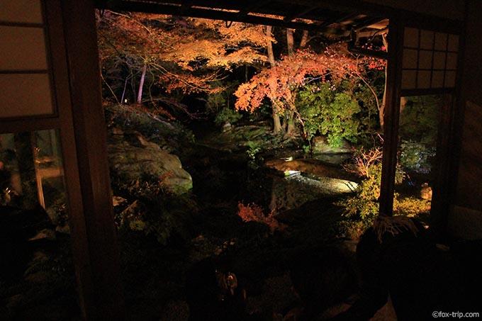 臥龍の庭の紅葉