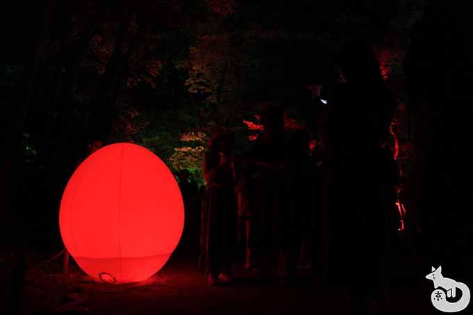 光の玉(赤)